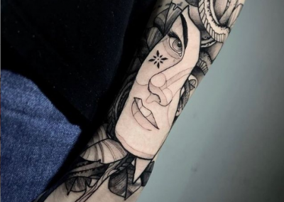 TATUAGGIO BY Artist 👉: @lucaverletti.tattooer